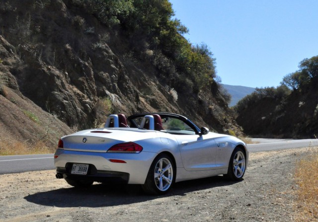 Bf Review Bmw Z4 28i Return Of The 4 Cylinder Bimmerfile