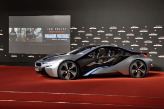 bmw stars in mission impossible ghost protocol tonight