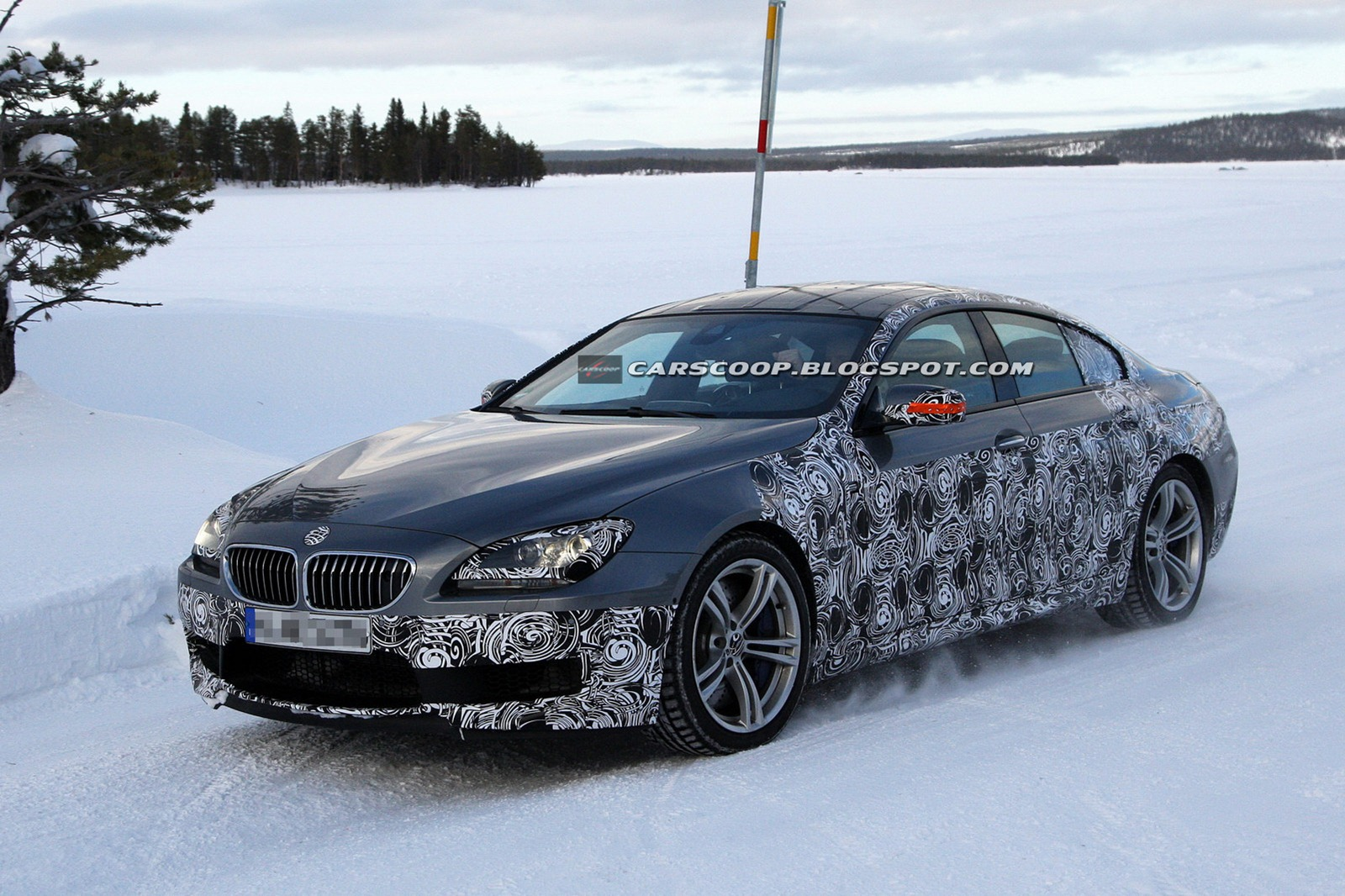 2013-BMW-M6-Gran-Coupe