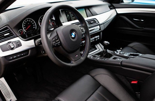 2013 BMW M5 Sedan