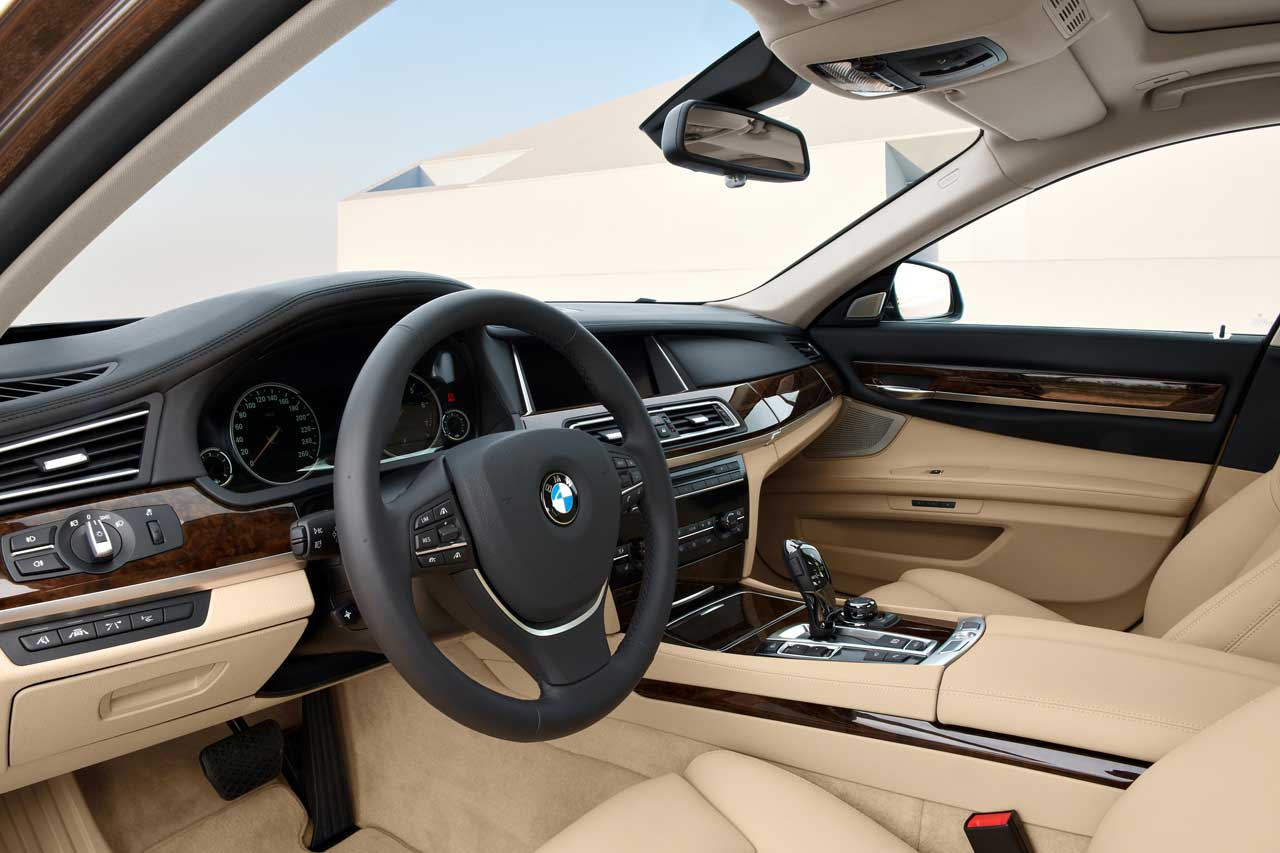 Bmw 740li 2014 for Bmw serie 7 interieur