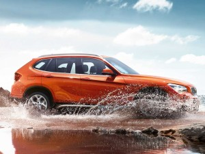 BMW_X1_Wallpaper_1600x1200_13