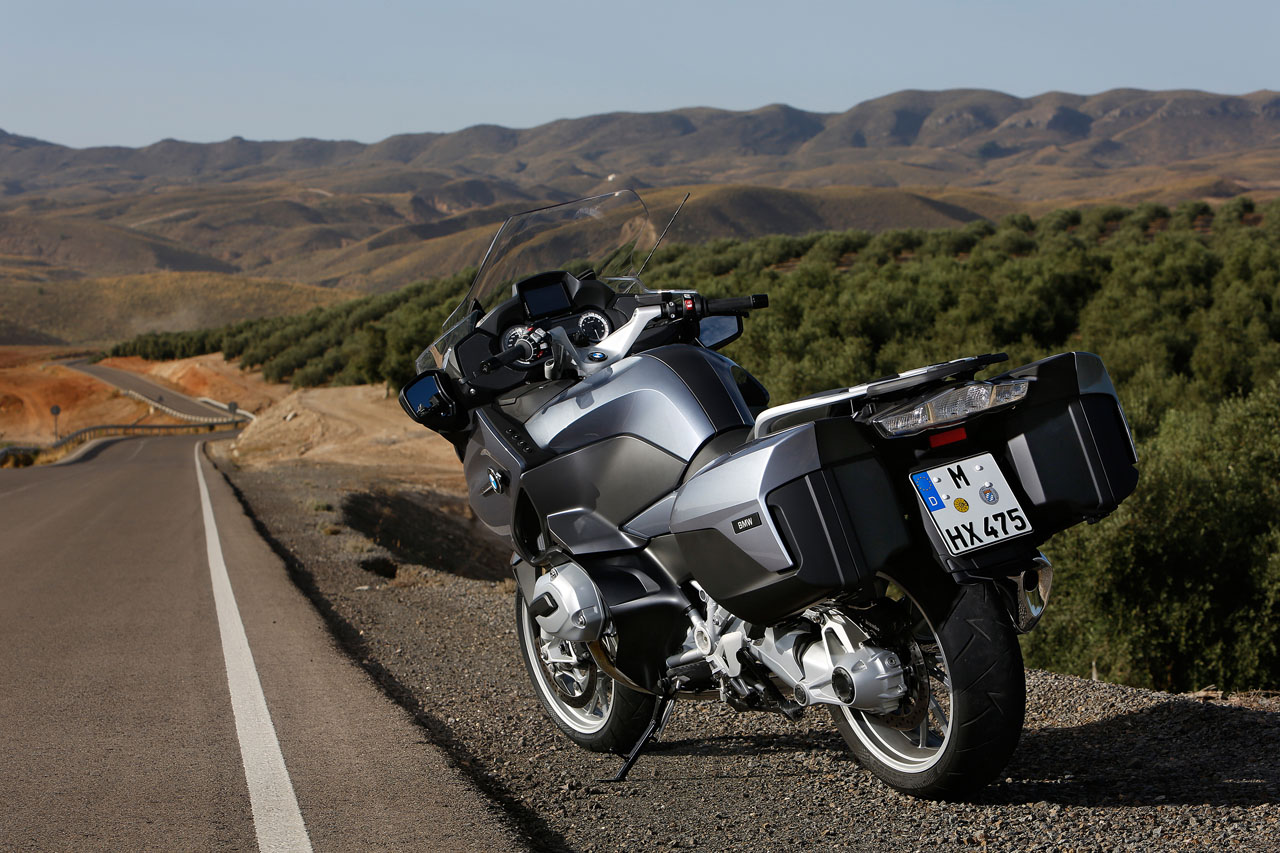 BMW R 1200 RT Named 2014 People's Choice Motorcycle of the Year