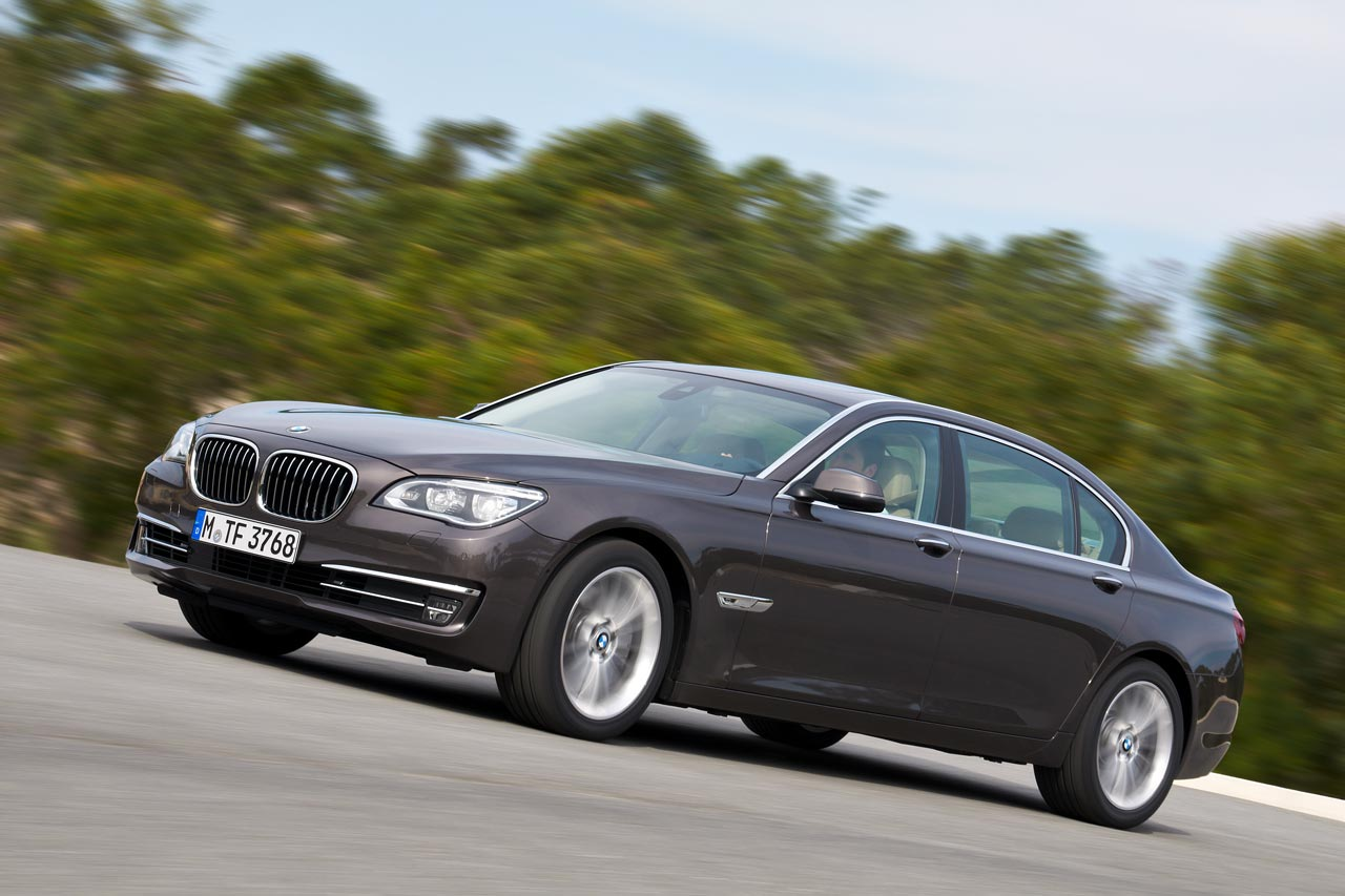 bmwusa launches the 7 series diesel bimmerfile. Black Bedroom Furniture Sets. Home Design Ideas