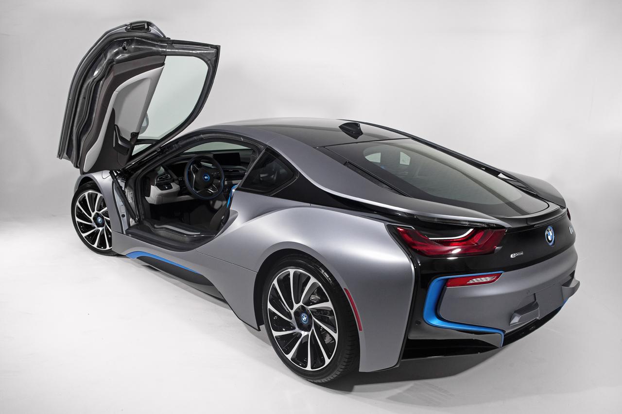 こんな感じの近未来的なデザイン!? : 【トヨタ MIRAI】水素で走る!未来の自動車!買うべきか ...