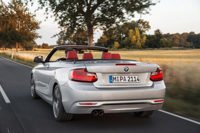 2_series_convertible60675_highRes