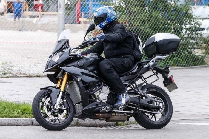 BMW-S1000XR