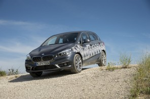 BMW & MINI's Plugin Hybrid Drivetrain Previewed