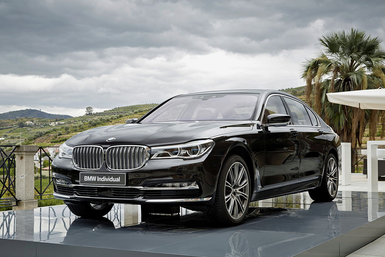 2016 bmw 740i 750i xdrive specifications gallery bimmerfile. Black Bedroom Furniture Sets. Home Design Ideas