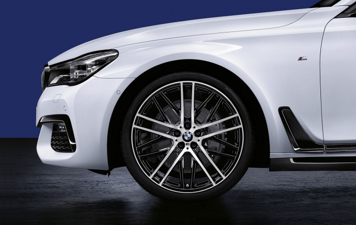 7_series_M_performance_accessories_2273_highRes