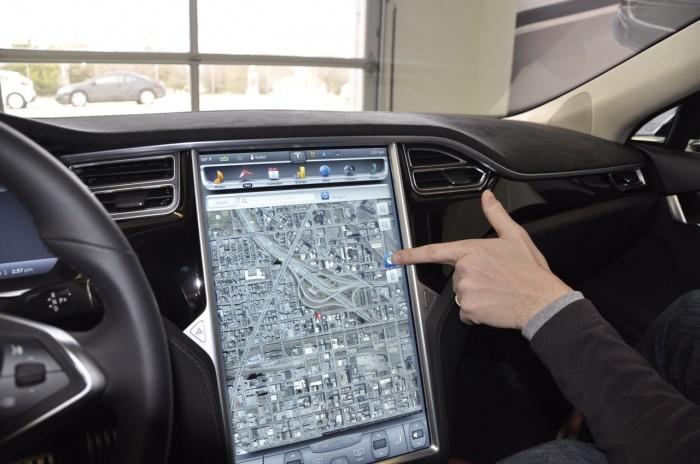Tesla_ModelS_P85D_2736