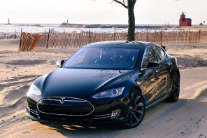BimmerFile Review: The 691HP Tesla Model S P85D