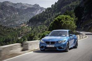2016 BMW M2 Photo Gallery