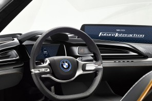 BMW Shows off the Future of Seamless Mobility in the i8 Concept Video