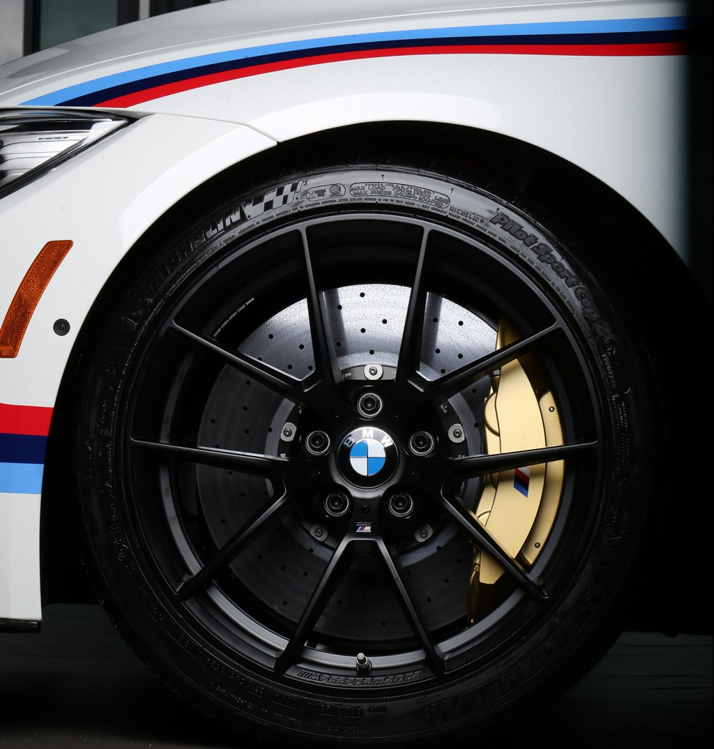 bmw_m3_-_m_performance_wheel_1