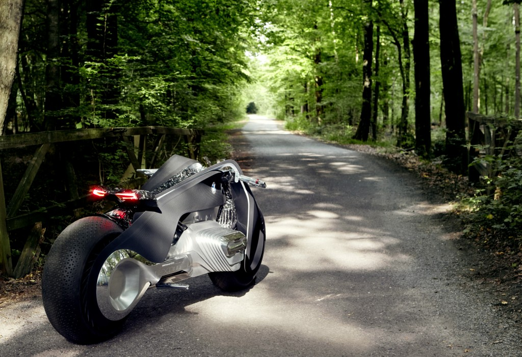 BMW VIsion Next 100 Motorrad Concept: The Great Escape
