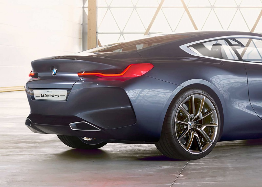 8_series_concept_1_back