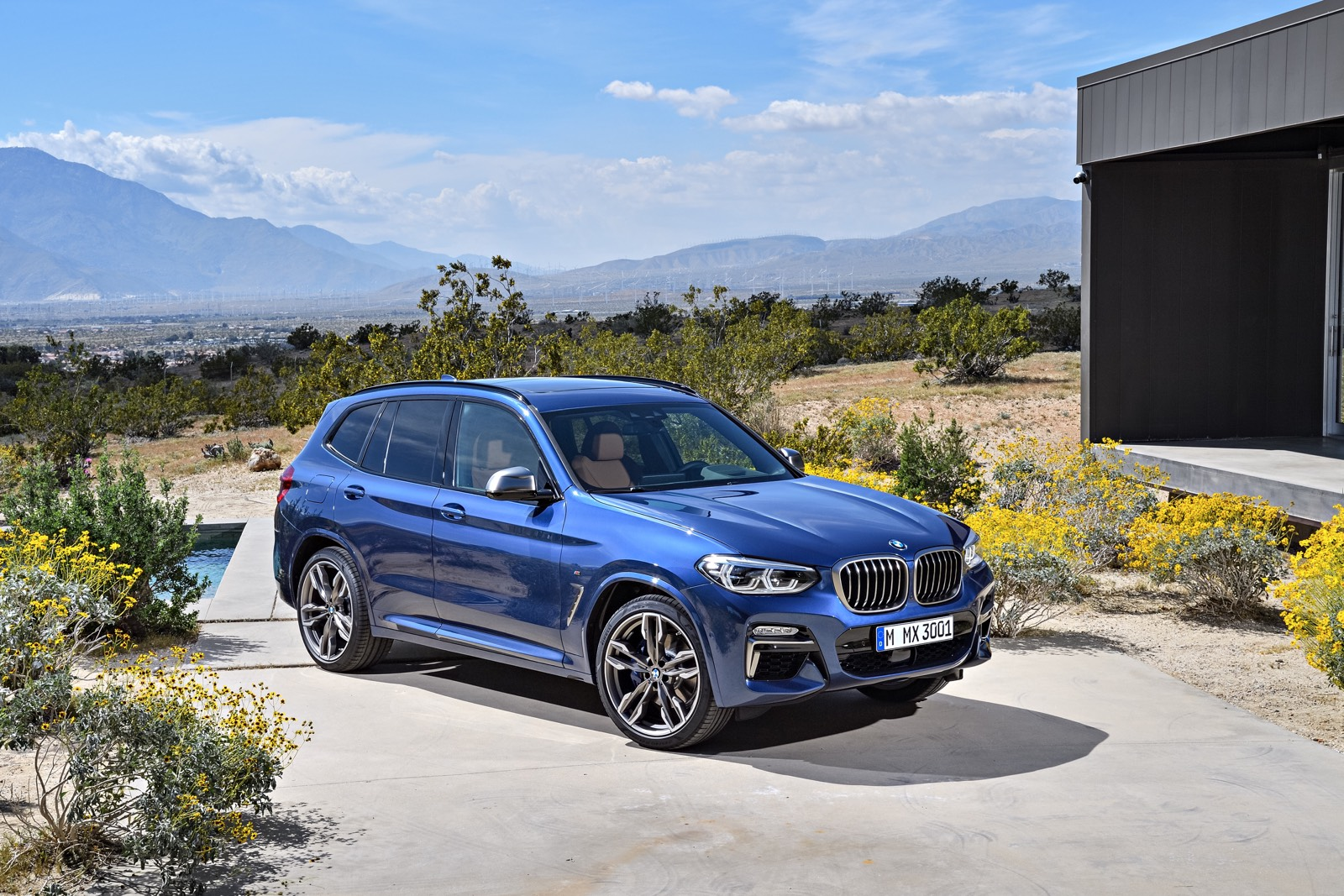 BMW X3 And BMW X4: New Model Variations With In Line 6 Cylinder Engines.
