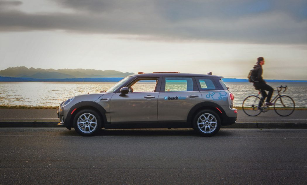 mini bmw 39 s car sharing service reachnow expands to the portland international airport bimmerfile. Black Bedroom Furniture Sets. Home Design Ideas